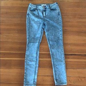 Bullhead Women's Jeans